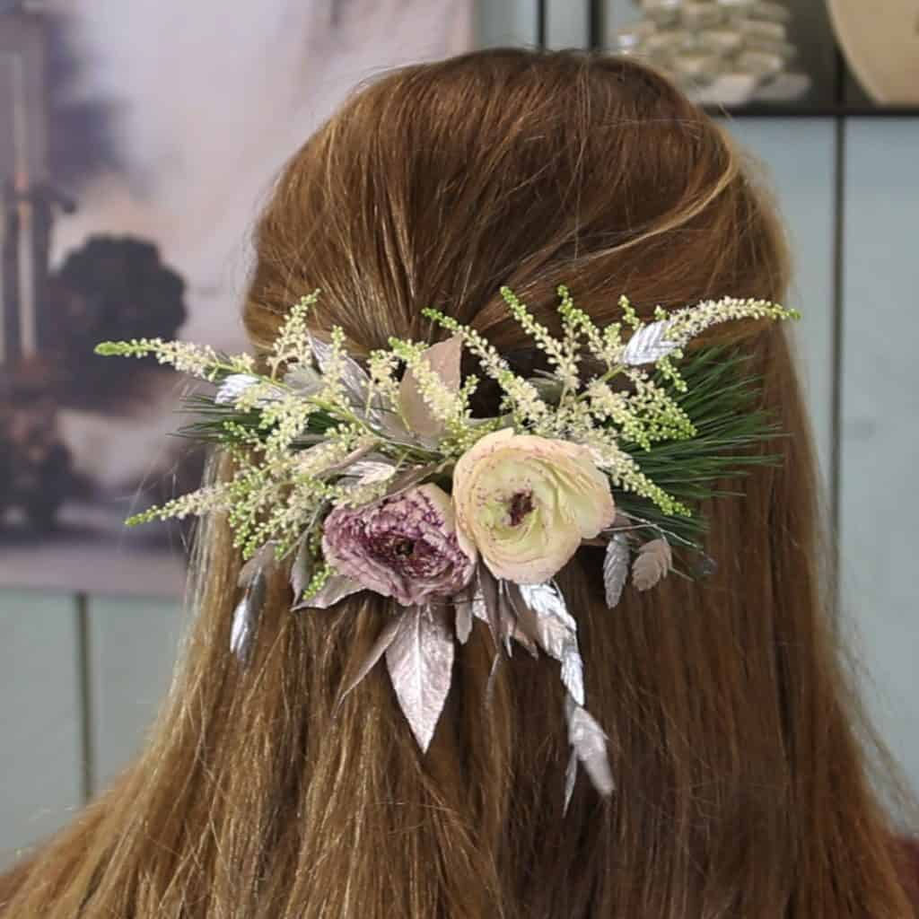 Winter_Wedding_Glamorous_Hair_Clip