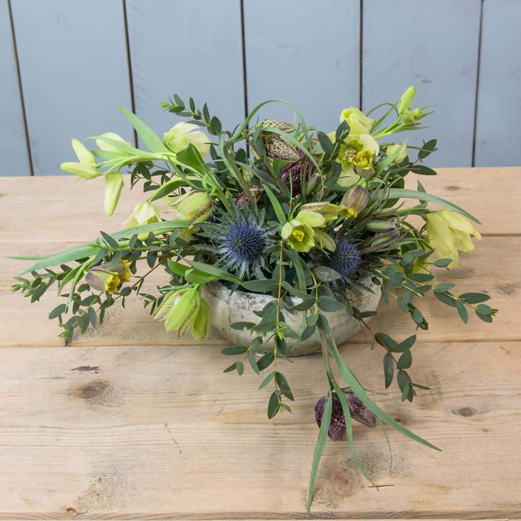 small_centerpiece_with_fritillaria_1