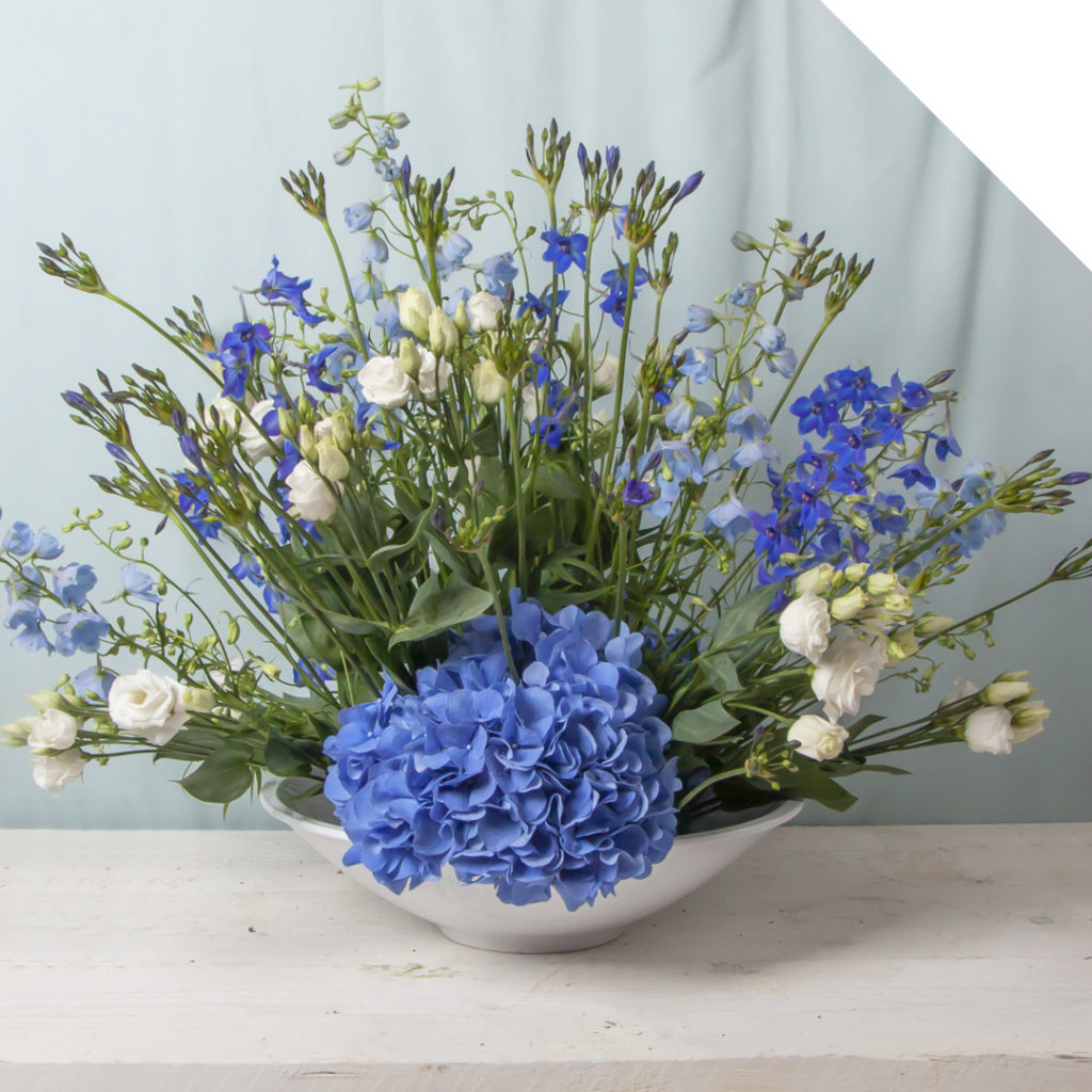 Blue White Centerpiece | Holex Flower
