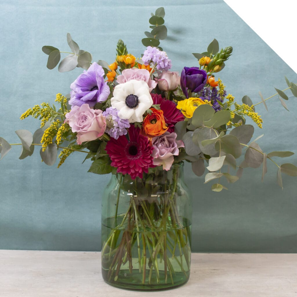 Bouquet with spring flowers