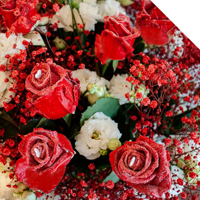 11 ideas to combine flowers with roses for valentine's day