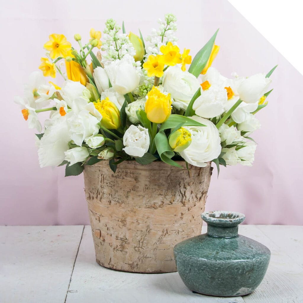 Easter Floral Design Ideas | Holex Flower